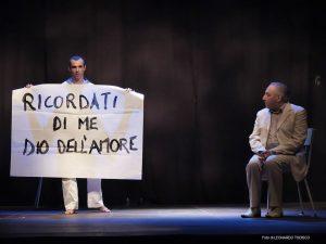 Massimo Verdastro e Giuliano Sangiorgi in Sandro Penna, una quieta follia